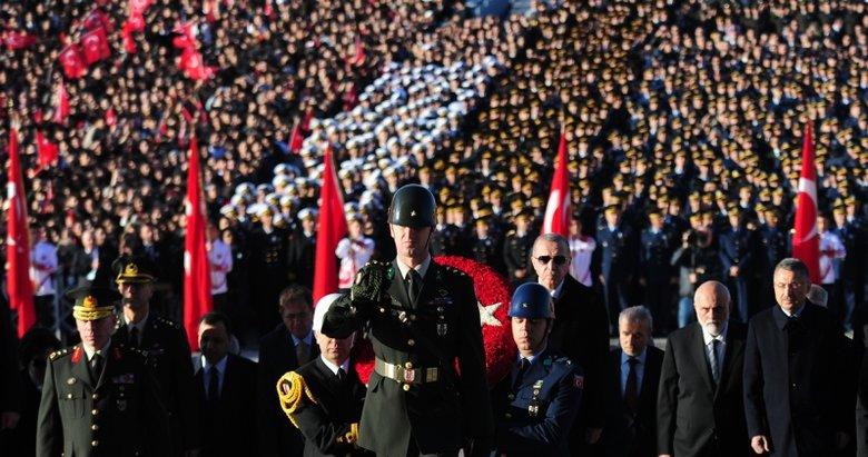 Başkan Erdoğan'dan Atatürk'ün vefatının 81'inci yılında Anıtkabir'e ziyaret