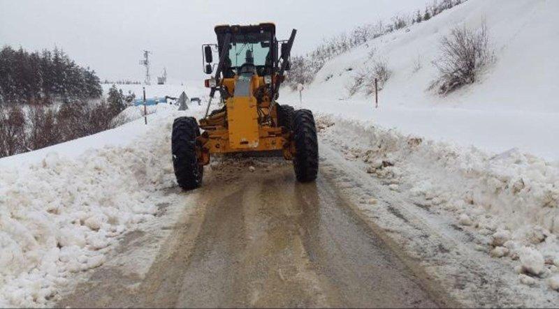 İzmir'in yükseklerinde karla mücadele
