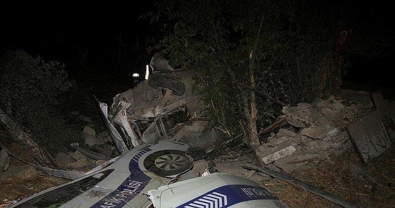 Evin bahçesine uçan otomobilin sürücüsü yaşama tutunamadı