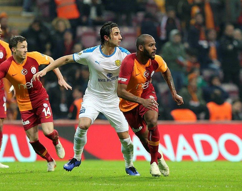 Galatasaray'ın Benfica karşısında kadrosu nasıl? İşte Galatasaray'ın Benfica 11'i