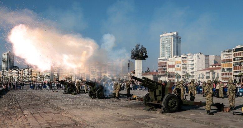 Başkan Erdoğan için İzmir'de top atışı