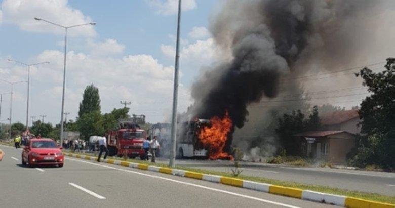 Balıkesir'de yolcu otobüsü alev aldı: Ölü ve yaralılar var