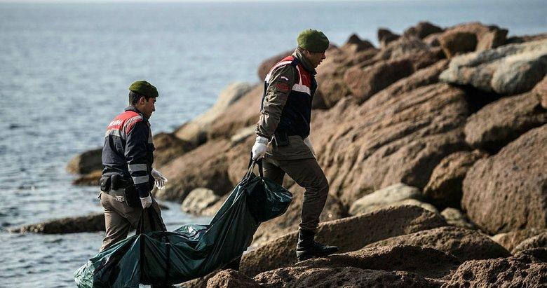 İzmirde denizde erkek cesedi bulundu