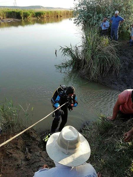 Balık tutarken boğularak can verdiler