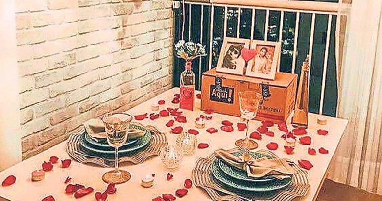 Romantik bir sofra hazırlamanın kodları