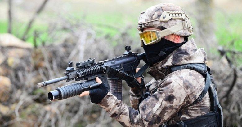 Son dakika: 3 PKK'lı terörist daha teslim oldu