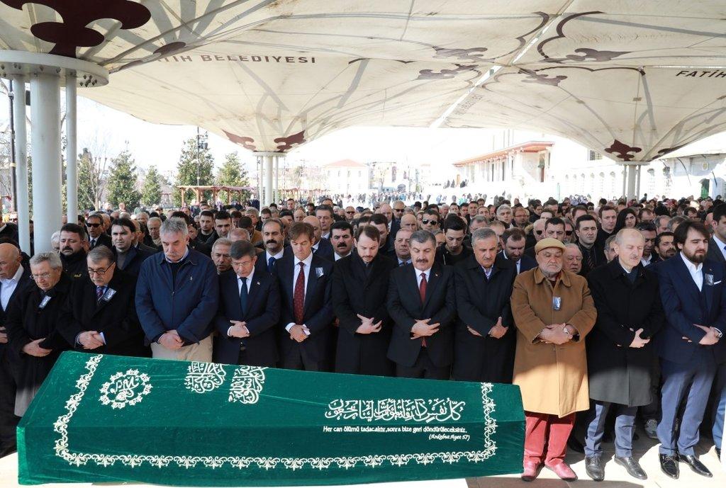 Bakan Albayrak, Doktor Mehmet Öz'ü acı gününde yalnız bırakmadı