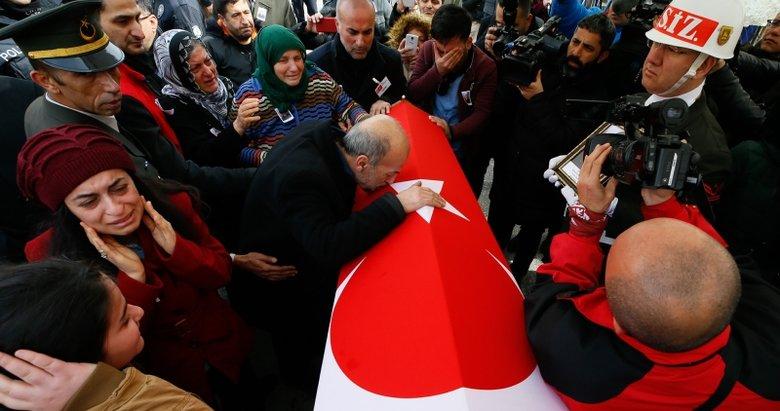 İzmir'de İdlib şehidi Ahmet Alpaslan'a veda