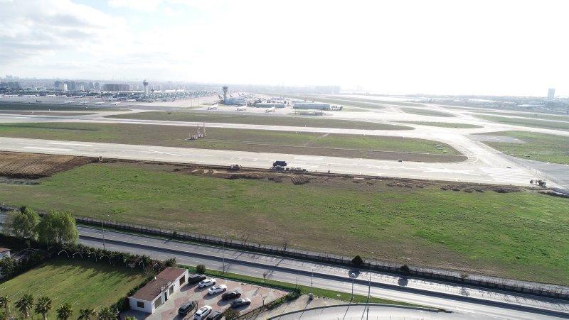 Atatürk Havalimanı'ndaki hastane inşaat çalışmaları havadan fotoğraflandı