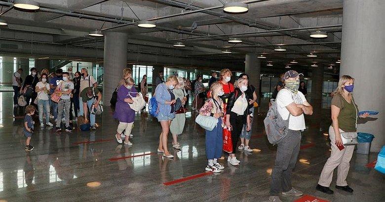 Muğla'ya ilk Rus turist kafilesi geldi! Güvenli tatilin adresi Türkiye