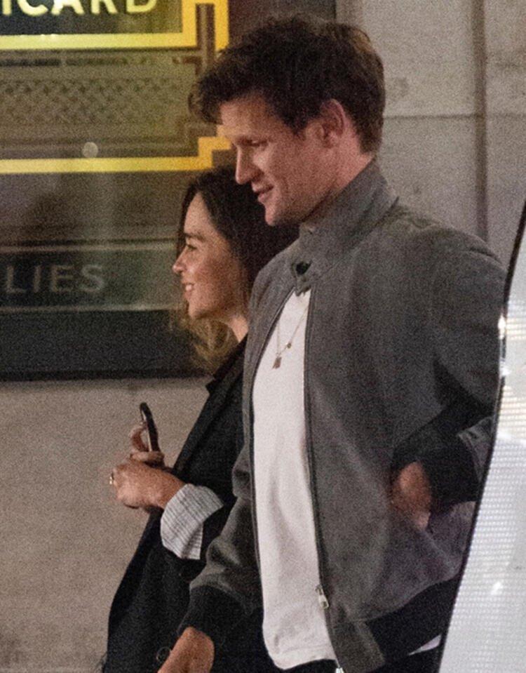 Emilia Clarke ile Matt Smith birlikte görüntülendi! Aşk mı yaşıyorlar?