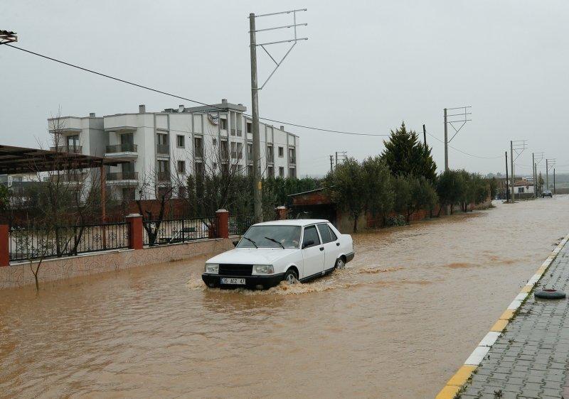 İzmir'deki sağanak ve su baskını sonrası son durum