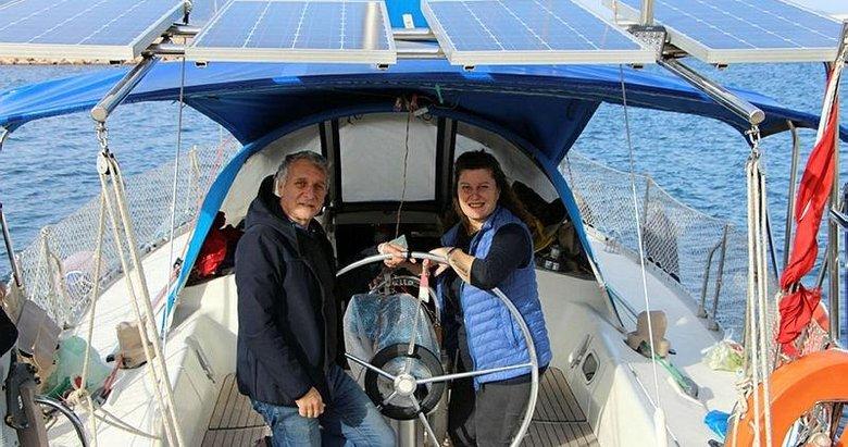 Evlerini satıp tekne kiralayarak denize açılan çift 6 yıldır mavi dünyada yaşıyor