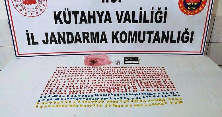 Kütahya'da 658 uyuşturucu hap ele geçirildi: 3 gözaltı