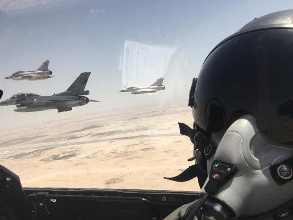 Türk jetleri Katar semalarında!