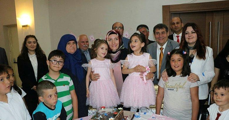 Afyonkarahisar'da şehidin emaneti ikizlere doğum günü sürprizi