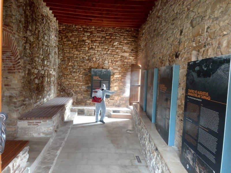 Muğla'nın turizm merkezlerinde koronavirüs sessizliği