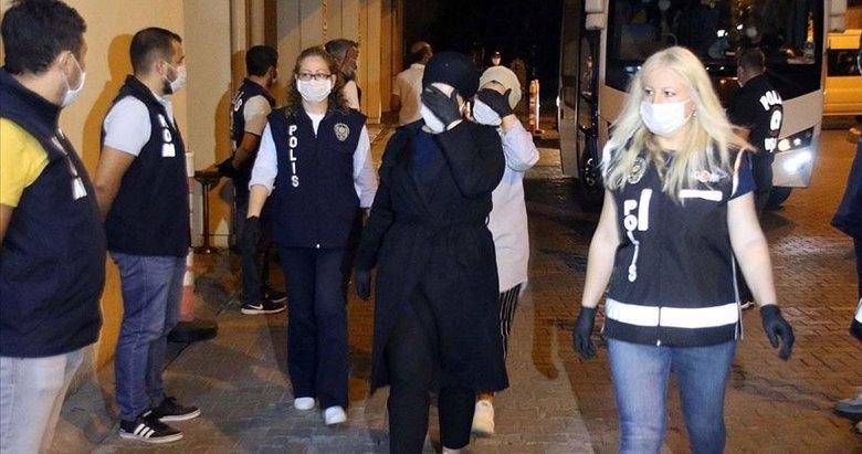 FETÖ'nün Uşak'taki kadın yapılanması! 26 sanık için silahlı terör örgütü üyeliğinden ceza istendi