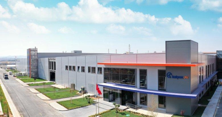 Dev fabrikanın açılışında Hazine ve Maliye Bakanı Berat Albayrak ve Bakan Fatih Dönmez'den flaş açıklamalar