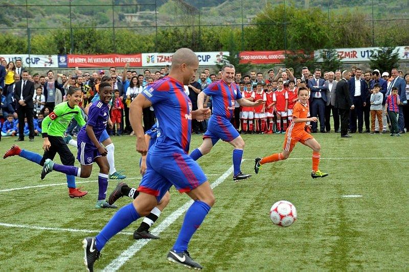 İzmir Cup'ta görkemli açılış!