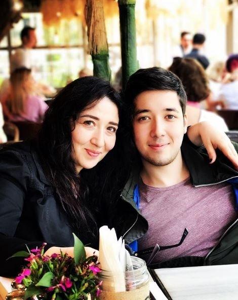 Arka Sokaklar dizisinin Hüsnü Çoban'ı Özgür Ozan'ın küçük oğlu babasından daha popüler oldu!