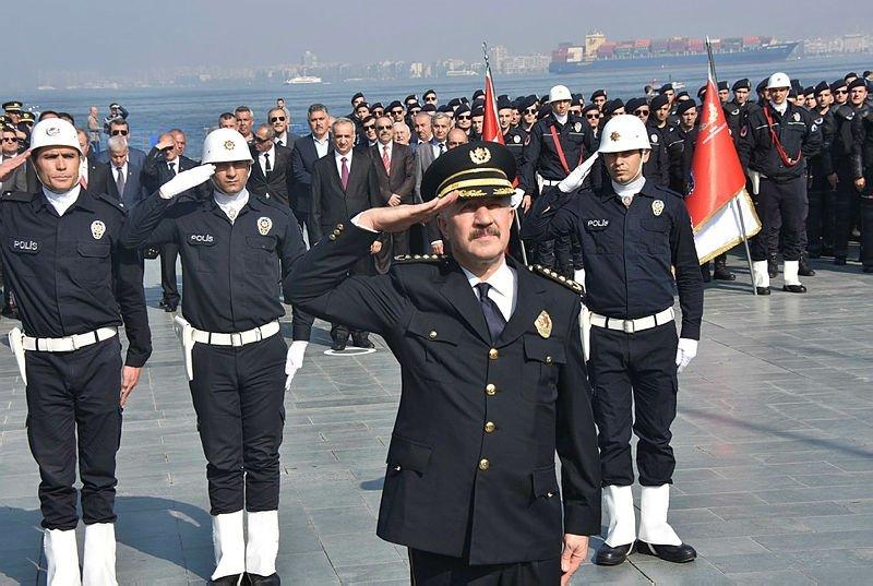 Türk Polis Teşkilatı'nın 173. kuruluş yıl dönümü İzmir'de kutlandı