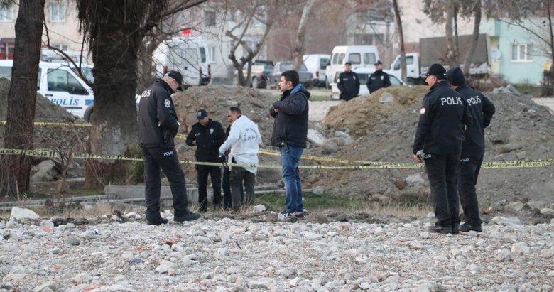 Denizli'de kimliği belirsiz erkek cesedi bulundu