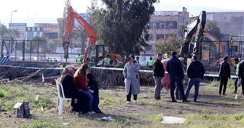 İzmir Konak'ta göçük alanındaki endişeli bekleyiş sürüyor