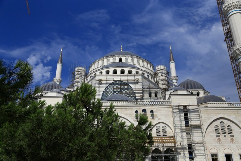 Çamlıca Camisinde sona doğru