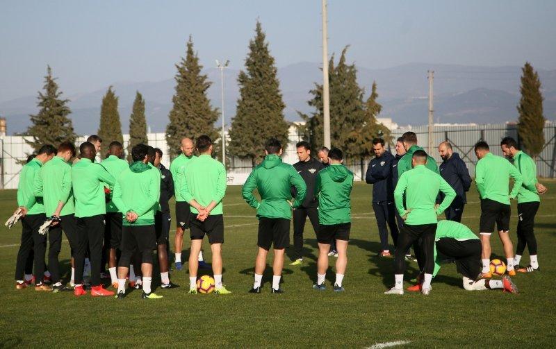 Akhisarspor'da Galatasaray maçı hazırlıkları başladı