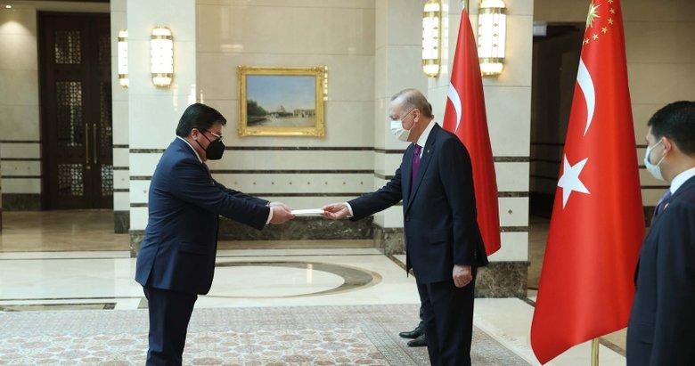 Büyükelçilerden Başkan Erdoğan'a güven mektubu
