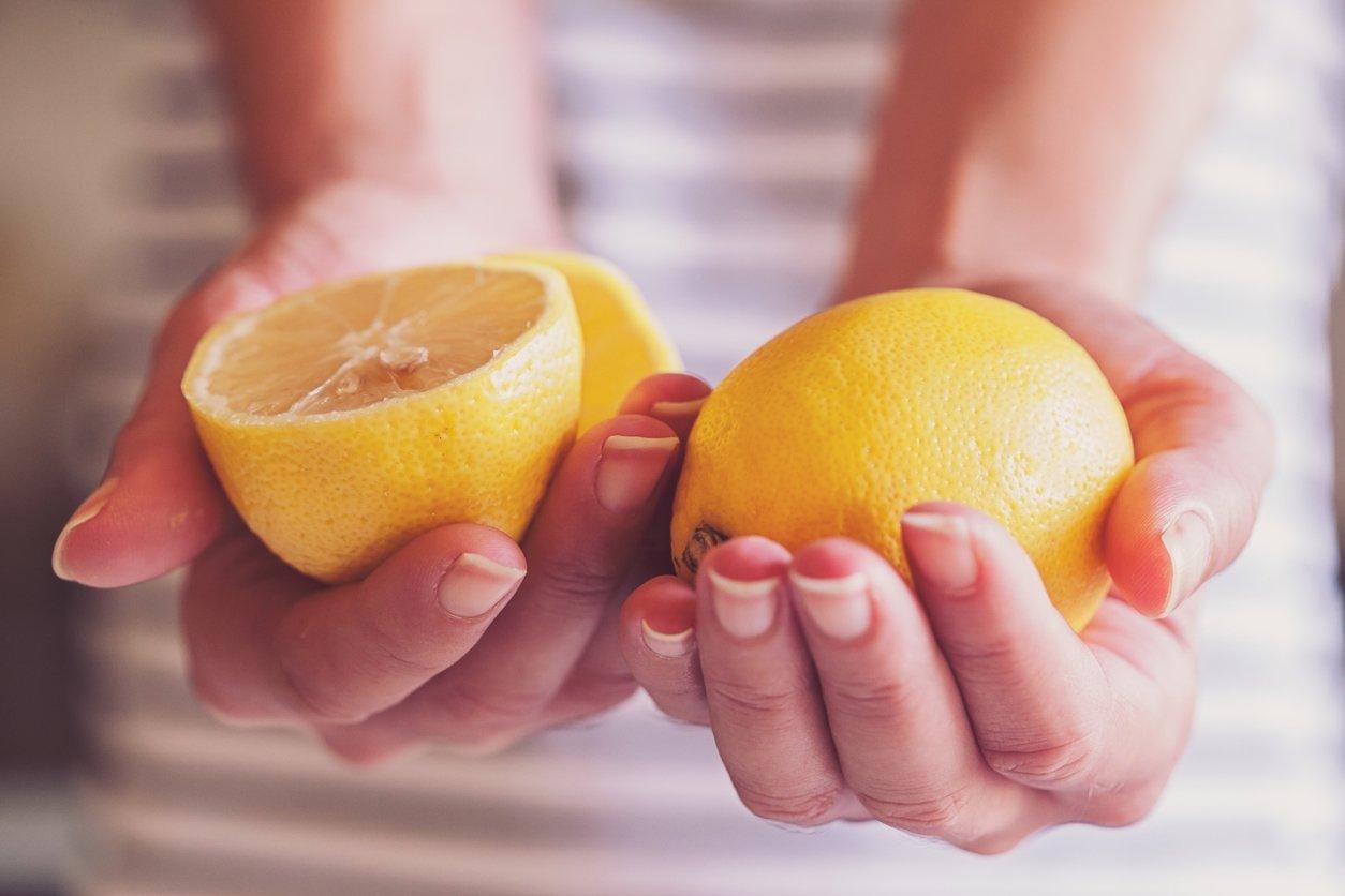 Vücuttaki yağı atarak 5 günde 3 kilo verdiren limon diyeti