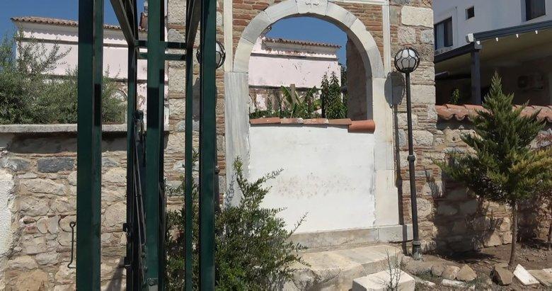 CHP'li belediye tarihi kilisenin kapılarına duvar örmüştü! Suç duyurusunda bulunuldu