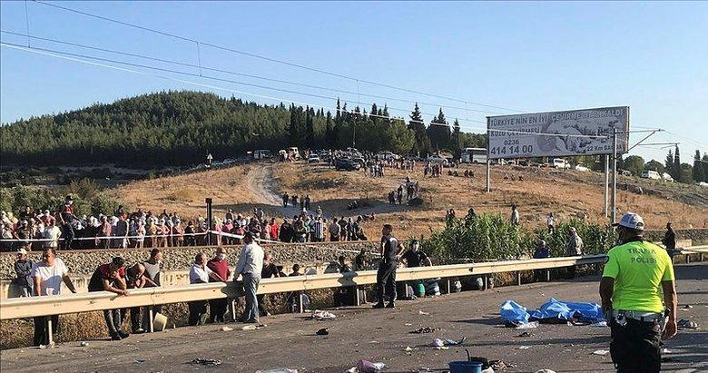 Manisa'da korkunç kaza: 2 ölü, 9 yaralı