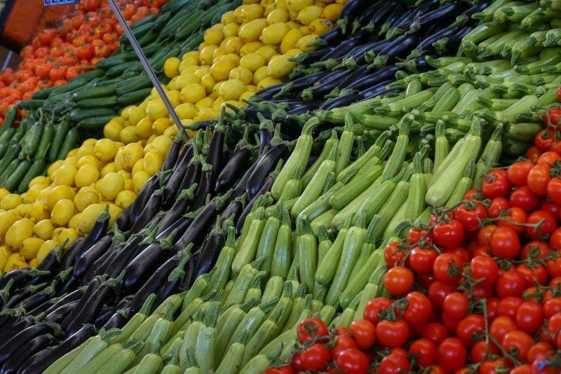 Sebze ve meyvelerin renkleri bir çok şeyi ifade ediyor...Renklerine göre gıdaların faydaları...