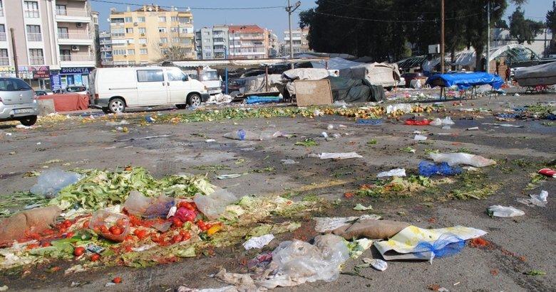 Buca'da çöp skandalı