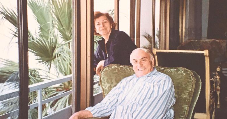 İşgören Ailesi İzmir'deki eserleriyle umut oldu