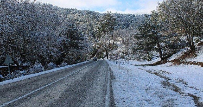 İzmir'de o ilçeler için kar uyarısı geldi! Meteoroloji'den flaş açıklama...