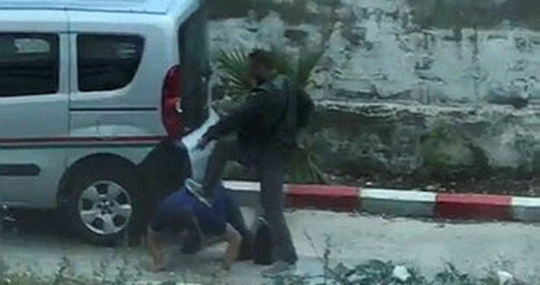İzmir'de avukata darp ve silahla tehdit anları kamerada