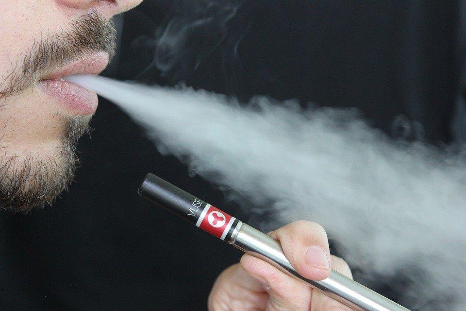 e-sigara kullananlar dikkat!