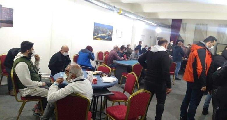 Kumarcılar salgın dinlemiyor! Denizli'de otelin restoranında kumar oynayan 23 kişi yakalandı