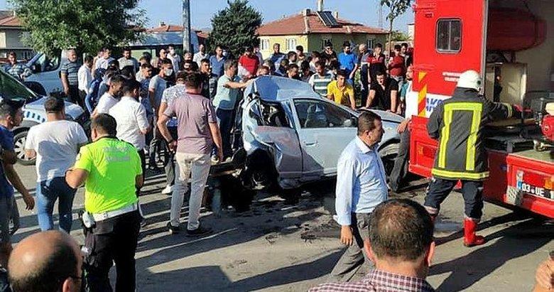 Afyonkarahisar'da zincirleme kaza: 1 ölü, 4 yaralı