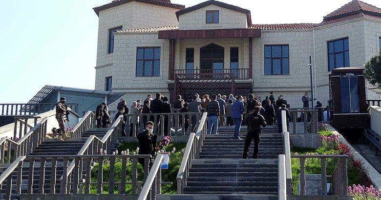 Bakanı Soylu, Adnan Menderes Demokrasi Müzesi'ni inceledi