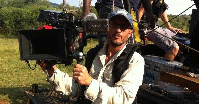 Ünlü yönetmeni zürafa öldürdü