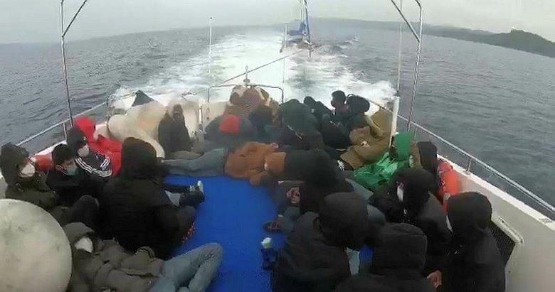 Ayvacık açıklarında 29 kaçak göçmen kurtarıldı