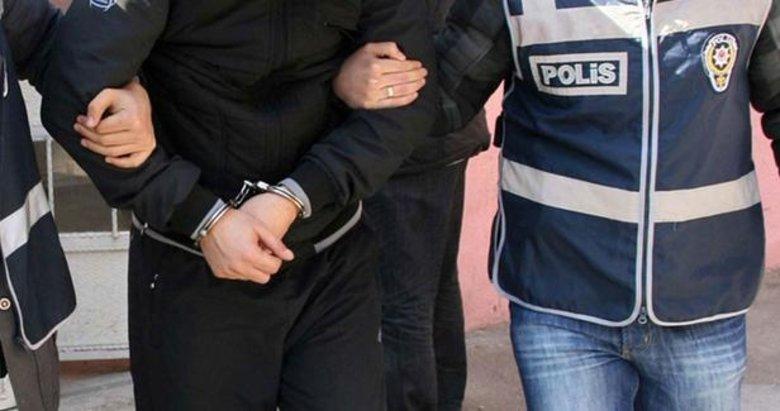 Çeşme'de yakalanan 2 göçmen kaçakçılığı zanlısı tutuklandı