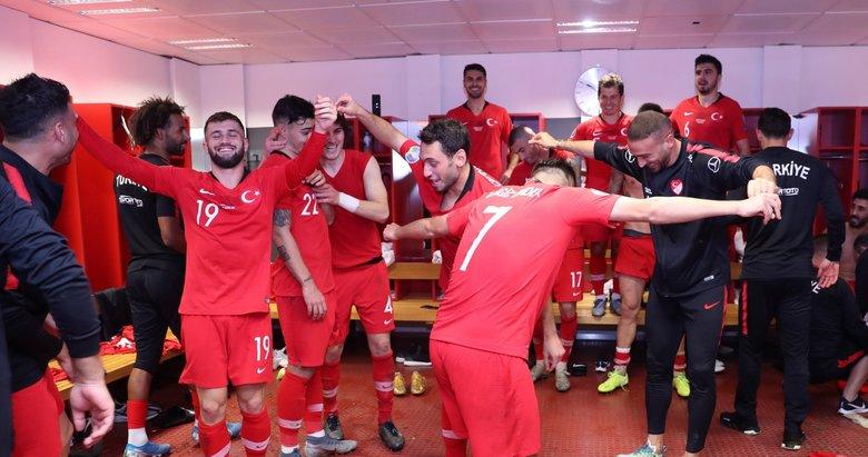 Bu anları hiç görmediniz! İşte Türkiye - İzlanda maçından dikkat çeken anlar...