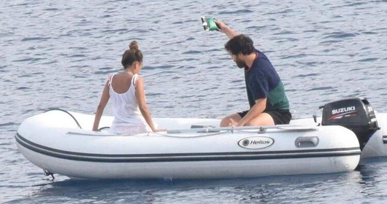 Çağatay Ulusoy sevgilisi ile tatilde! Görenler tanıyamadı! İşte son hali...