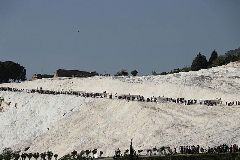 Pamukkaleyi 2 saate 7 bin kişi ziyaret etti