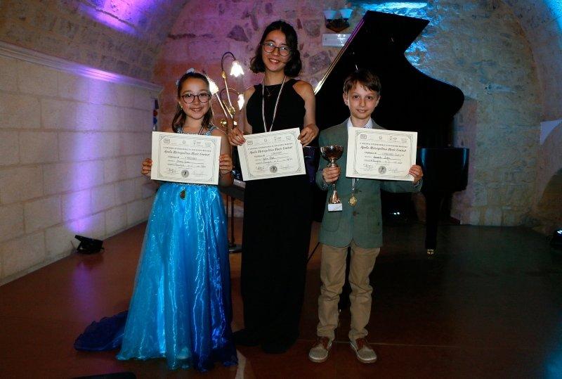 İzmirli piyanistler İtalya'da birinci oldu